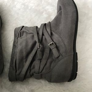 Grey Boots-Size 39
